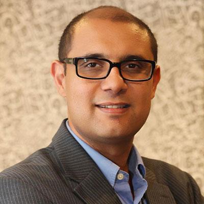 アーメド・トルバ Ahmed Tolba
